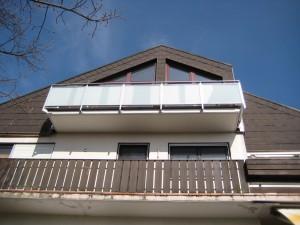 Balkone_Balkongelaender_Glasfuellung_00006