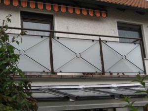 Balkone_Balkongelaender_Glasfuellung_00007