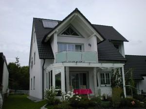 Balkone_Balkongelaender_Glasfuellung_00019