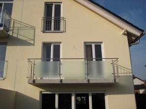 Balkone_Balkongelaender_Glasfuellung_00020
