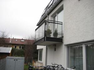 Balkone_Balkongelaender_Glasfuellung_00022