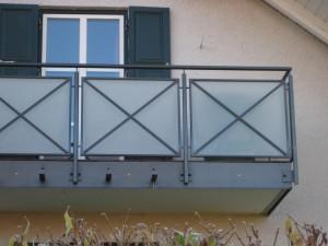 Balkone_Balkongelaender_Glasfuellung_00028