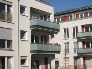 Balkone_Balkongelaender_Glasfuellung_00032