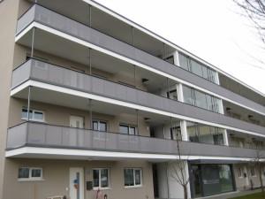 Balkone_Balkongelaender_Lochblechfuellung_00001