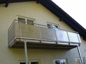 Balkone_Balkongelaender_Lochblechfuellung_00005