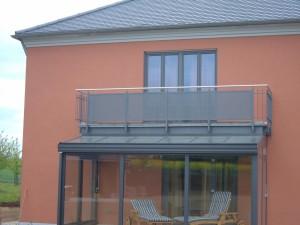 Balkone_Balkongelaender_Lochblechfuellung_00017