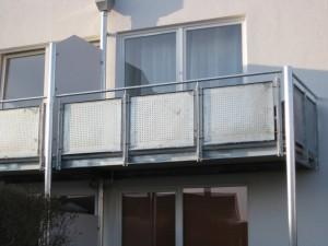 Balkone_Balkongelaender_Lochblechfuellung_00021