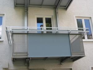 Balkone_Balkongelaender_Lochblechfuellung_00026