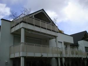 Balkone_Balkongelaender_Lochblechfuellung_00031