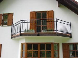 Balkone_Balkongelaender_Stabfuellung_pulverbeschichtet_00004