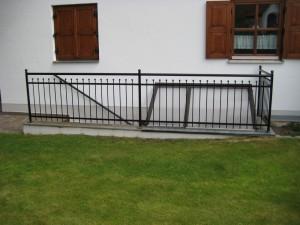 Balkone_Balkongelaender_Stabfuellung_pulverbeschichtet_00007