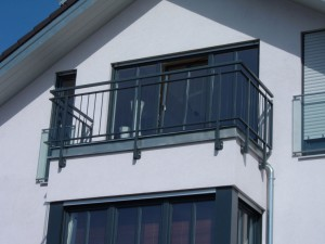 Balkone_Balkongelaender_Stabfuellung_pulverbeschichtet_00021