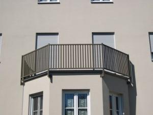 Balkone_Balkongelaender_Stabfuellung_pulverbeschichtet_00059