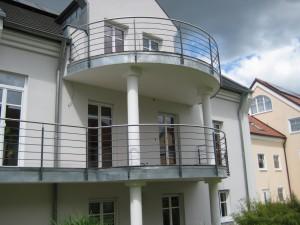 Balkone_Balkongelaender_Stabfuellung_pulverbeschichtet_00070