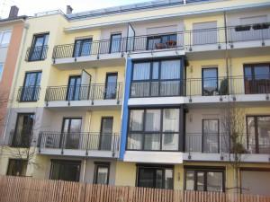 Balkone_Balkongelaender_Stabfuellung_pulverbeschichtet_00082