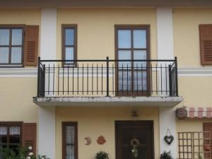 Balkone_Balkongelaender_Stabfuellung_pulverbeschichtet_00085