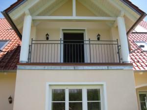 Balkone_Balkongelaender_Stabfuellung_pulverbeschichtet_00087
