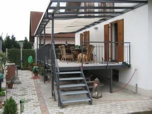 Balkone_Balkongelaender_Stabfuellung_pulverbeschichtet_00098