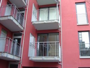 Balkone_Balkongelaender_Stabfuellung_pulverbeschichtet_00106