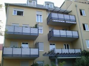 Balkone_Balkongelaender_Stabfuellung_pulverbeschichtet_00111