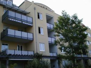 Balkone_Balkongelaender_Stabfuellung_pulverbeschichtet_00112