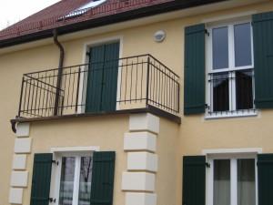 Balkone_Balkongelaender_Stabfuellung_pulverbeschichtet_00114