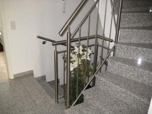 Treppengelaender_Senkrechte_Staebe_00001