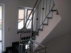 Treppengelaender_Senkrechte_Staebe_00010