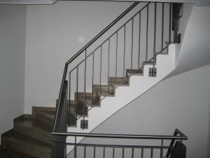 Treppengelaender_Senkrechte_Staebe_00023