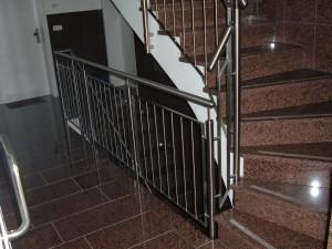 Treppengelaender_Senkrechte_Staebe_00024