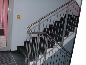 Treppengelaender_Senkrechte_Staebe_00026