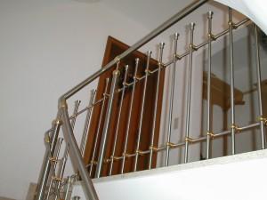 Treppengelaender_Senkrechte_Staebe_00034