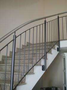 Treppengelaender_Senkrechte_Staebe_00047