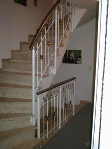 Treppengelaender_Senkrechte_Staebe_00061