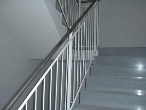 Treppengelaender_Senkrechte_Staebe_00078