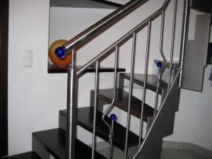 Treppengelaender_Senkrechte_Staebe_00086