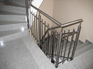 Treppengelaender_Senkrechte_Staebe_00088