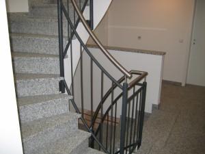 Treppengelaender_Senkrechte_Staebe_00093