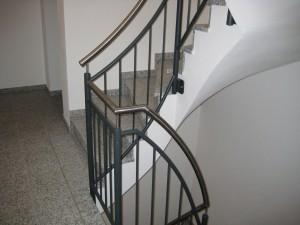 Treppengelaender_Senkrechte_Staebe_00094