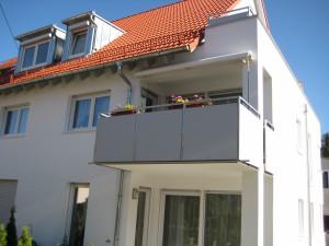 Balkone_Balkongelaender_Trespafuellung_00001