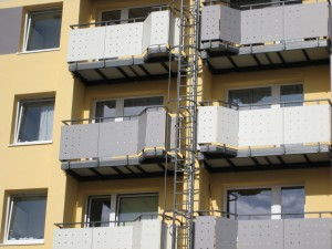 Balkone_Balkongelaender_Trespafuellung_00004