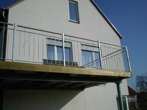 Balkone_Balkongelaender_Stabfuellung_verzinkt_00014