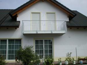 Balkone_Balkongelaender_Stabfuellung_verzinkt_00023