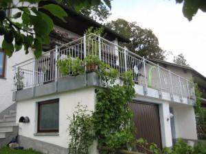 Balkone_Balkongelaender_Stabfuellung_verzinkt_00033
